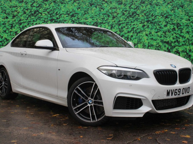 2019 BMW 218i M Sport Coupe (White) - Image: 10