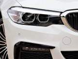 2019 BMW 530e M Sport iPerformance Saloon (White) - Image: 15