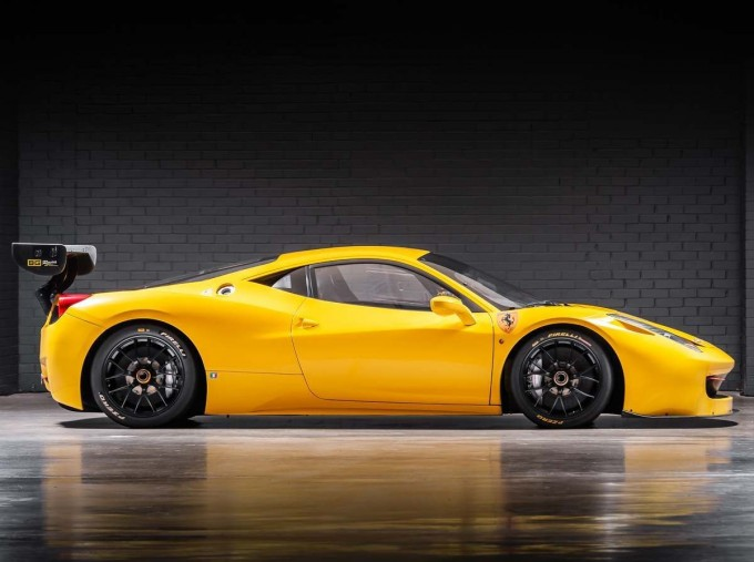 2012 Ferrari Italia Auto Seq 2-door (Yellow) - Image: 3