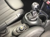 2019 MINI 5-door Cooper Exclusive (Silver) - Image: 10