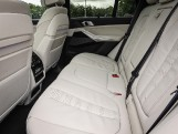 2020 BMW M50d (Black) - Image: 12