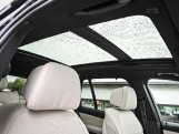 2020 BMW M50d (Black) - Image: 48