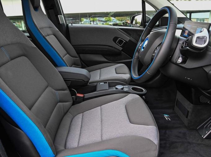 2020 BMW I3s 120Ah (Black) - Image: 11