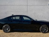 2020 BMW 740d xDrive M Sport Saloon (Black) - Image: 3