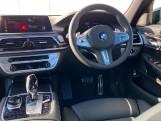 2020 BMW 740d xDrive M Sport Saloon (Black) - Image: 4