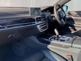 2020 BMW 740d xDrive M Sport Saloon (Black) - Image: 6
