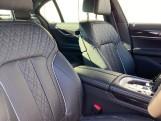 2020 BMW 740d xDrive M Sport Saloon (Black) - Image: 11