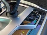 2020 BMW 740d xDrive M Sport Saloon (Black) - Image: 20