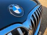 2020 BMW 740d xDrive M Sport Saloon (Black) - Image: 23