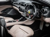 2018 Ferrari V8 F1 DCT 2-door (Silver) - Image: 4