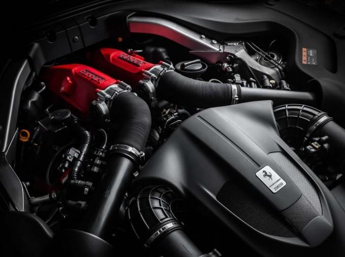 2018 Ferrari V8 F1 DCT 2-door (Silver) - Image: 20