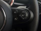 2020 MINI 3-door Cooper Classic (Black) - Image: 24
