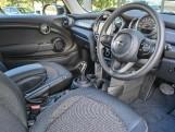 2020 MINI 3-door Cooper Classic (Green) - Image: 8