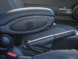 2020 MINI 3-door Cooper Classic (Green) - Image: 21