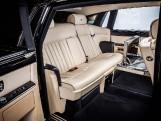 2010 Rolls-Royce 4-door (Black) - Image: 15