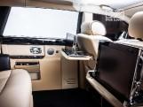 2010 Rolls-Royce 4-door (Black) - Image: 16
