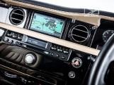 2010 Rolls-Royce 4-door (Black) - Image: 18