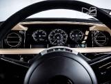 2010 Rolls-Royce 4-door (Black) - Image: 19