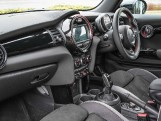 2020 MINI 3-door Cooper Sport (Grey) - Image: 7