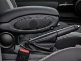 2020 MINI 3-door Cooper Sport (Grey) - Image: 33