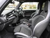 2020 MINI 3-door Cooper Sport (Grey) - Image: 36