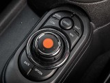 2020 MINI 5-door Cooper Exclusive (Silver) - Image: 23
