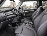 2020 MINI 5-door Cooper Exclusive (Silver) - Image: 32