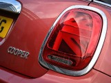 2020 MINI 3-door Cooper Exclusive (Red) - Image: 32