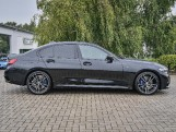 2020 BMW 320i M Sport Saloon (Black) - Image: 3