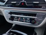 2020 BMW 730d M Sport Auto 4-door (Black) - Image: 22