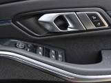2020 BMW 320d M Sport Saloon (Black) - Image: 25