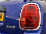 2018 MINI 5-door Cooper (Blue) - Image: 21