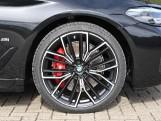 2020 BMW 530e M Sport Saloon (Black) - Image: 14
