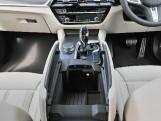 2020 BMW 530e M Sport Saloon (Black) - Image: 30