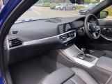 2020 BMW 320d M Sport Touring (Blue) - Image: 7