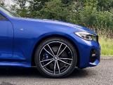 2020 BMW 320d M Sport Touring (Blue) - Image: 14