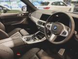 2020 BMW 30d MHT M Sport Auto xDrive 5-door (Blue) - Image: 5