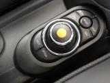 2020 MINI 5-door Cooper S Exclusive (Grey) - Image: 19