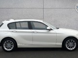 2018 BMW 118i SE 5-door (White) - Image: 3
