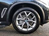 2020 BMW XDrive45e xLine (Black) - Image: 14