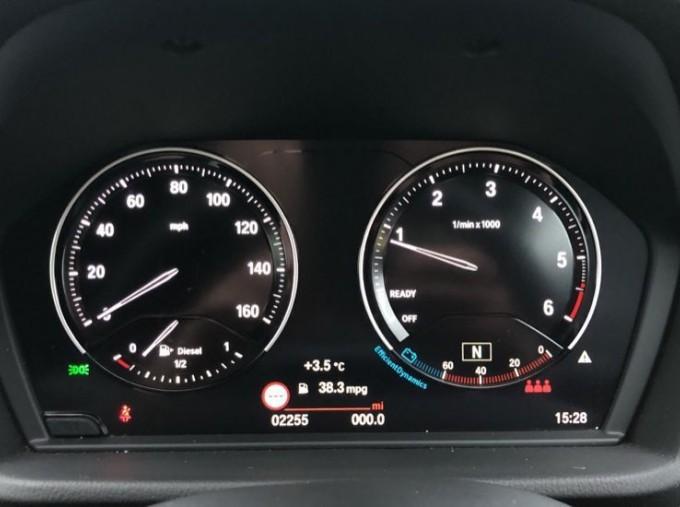 2020 BMW SDrive18d M Sport (Blue) - Image: 9