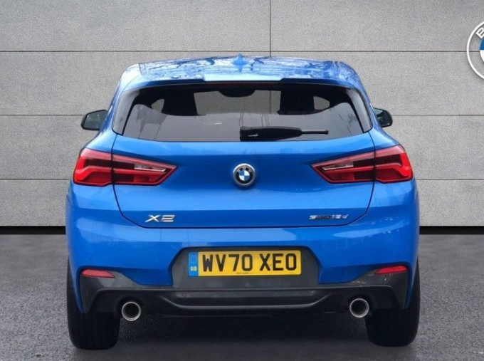 2020 BMW SDrive18d M Sport (Blue) - Image: 15