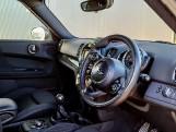 2018 MINI Cooper Countryman (Black) - Image: 8