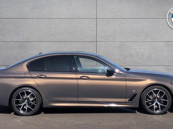 2020 BMW 520d M Sport Saloon (Grey) - Image: 3