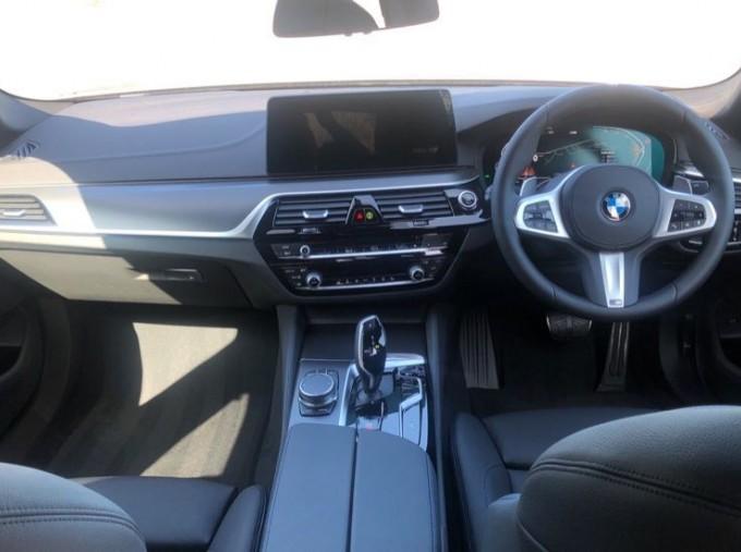 2020 BMW 520d M Sport Saloon (Grey) - Image: 4