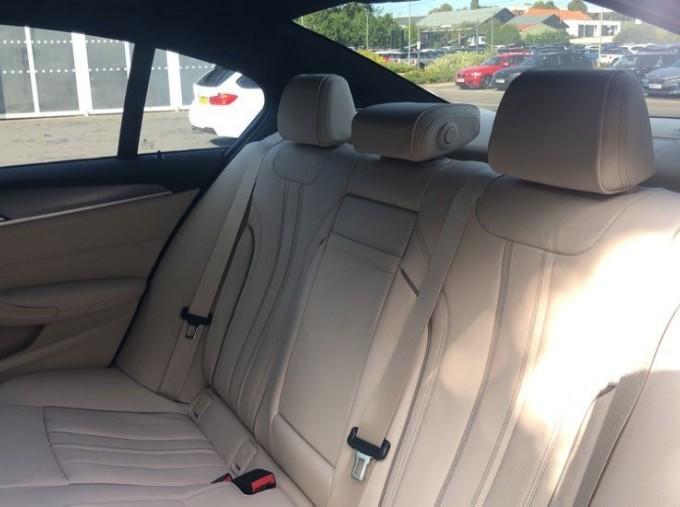 2020 BMW 520d M Sport Saloon (Grey) - Image: 12