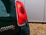 2015 MINI Cooper S 3-door Hatch (Green) - Image: 5