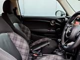 2016 MINI Cooper D 3-door Hatch (Blue) - Image: 10