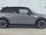 2020 MINI 5-door Cooper S Exclusive (Grey) - Image: 3