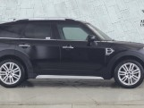 2020 MINI Cooper Exclusive (Black) - Image: 3